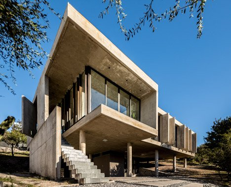 off-shutter-concrete-slabs-and-columns-and-raft-foundations